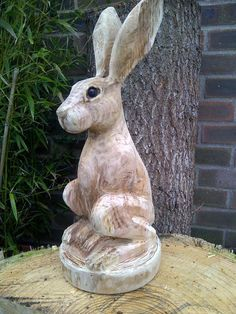 Chainsaw Sculpture Galleries | Hare carving unfinished