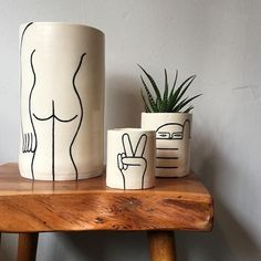 Really loving the work of Louise Madzia on her Ceramic Pottery, Ceramic Art, Deco Bobo, Tassen Design, Painted Plant Pots, Pottery Painting Designs, Keramik Vase, Modern Ceramics, Potted Plants