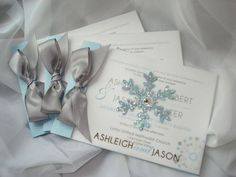 10 Awesome winter wonderland invitations: http://www.quinceanera.com/invitations/10-awesome-winter-wonderland-invitations/?utm_source=pinterest&utm_medium=article&utm_campaign=459-winter-invitations