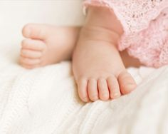 The feet!