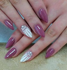50 Awesome Coffin Nails Designs For in 2019 These trendy Nails ideas would gain you amazing compliments. Simple Nail Designs, Beautiful Nail Designs, Nail Art Designs, Easy Designs, Nails Design, Coffin Nails, Acrylic Nails, Matte Nails, Fall Nail Colors
