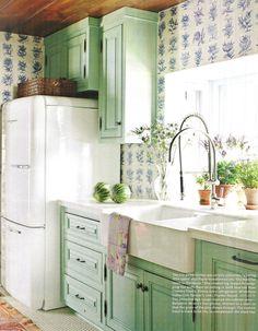 Ice Box | A Flippen Life 1950's kitchen design