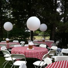 Perfect BBQ baby shower set up.