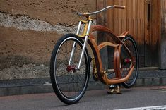 Gus Duncan // Big Woody in Japan // wooden cruiser bicycle. Now, this is truly gorgeous design, a world on wheels. Wooden Bicycle, Wood Bike, Cruiser Bicycle, Motorized Bicycle, Lowrider Bike, Bicycle Parts, Electric Bicycle, Bicycle Design, Woodworking