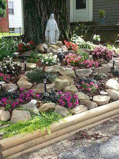 41 Stunning Front Yard Rock Garden Landscaping Ideas