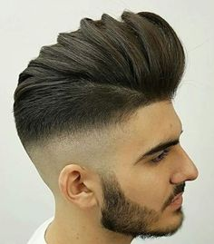 Looking for the best & trendy medium length hairstyles and haircuts for men? Believe me, you're gonna love these hairstyles & haircuts for Fringe Hairstyles, Hairstyles Haircuts, Haircuts For Men, Cool Hairstyles, Medium Hairstyles, Side Part Pompadour, Modern Pompadour, Trending Hairstyles For Men, Modern Hairstyles