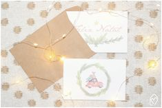 Freebie de Natal: papelaria fofa Napkins, Gift Wrapping, Tableware, Christmas, Gifts, Pink Play Kitchen, Cute Stationery, Bunting Garland, Souvenir Ideas