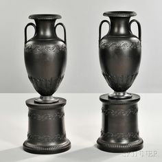 Pair of Wedgwood Black Basalt Vases on Pedestal Bases Wedgwood Pottery, Urn Vase, Vases, European Furniture, Pottery Bowls, Pottery Painting, Pedestal, Art Decor, Objects