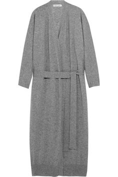 Finely knitted from gray cashmere, Tomas Maier's impeccably soft cardigan is luxuriously cozy. It has been made in Italy and is finished with ribbed trims and an optional belt for definition at the waist. Wear yours with tonal separates and sneakers. Shop it now at NET-A-PORTER