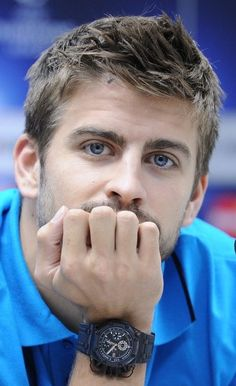 Gerard Pique.the only blue eyed person I find conventionally good looking.