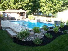 Plants Around Pool, Landscaping Around Pool, Pool Plants, Outdoor Landscaping, Inground Pool Designs, Backyard Pool Designs, Swimming Pools Backyard, Simple Pool, Rectangle Pool