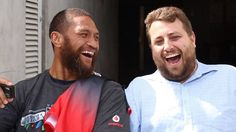 Manu Vatuvei with member Mark Mallard #member #WarriorsForever #Laugh