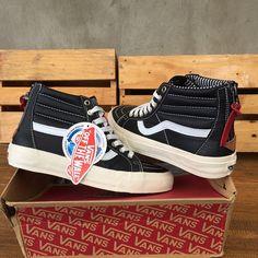 Vans Skate High Zip CA Black waffle ifc BNIB BNWT  vans  vanszi  sk8navy   vansera  vanssk8hi  sk8hi  suicidaltendencies  rebel8  galaxy  starwars ... 5e222db93b