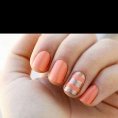 Coral nailss !!