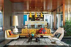 Las alfombras marroquís por su textura diseños geométricos y combinación de colores prueban ser el complemento perfecto para cualquier espacio. Son las favoritas de muchos de los mejores diseñadores de interiores que las utilizan hasta en las habitaciones infantiles.  Fuente: Architectural Digest  #lxcostarica #dreaminteriors  #luxuryis
