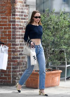 Colourful Outfits, Trendy Outfits, Fashion Outfits, Lily Rose Depp Style, Street Style, Celebrity Style, Mom Jeans, Clothes, Lily Depp