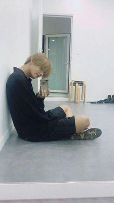 《A series of Vkook/Taekook smuts where readers can request anything t… Taehyung Selca, Bts Bangtan Boy, Foto Bts, Bts Photo, Daegu, Taekook, Yoonmin, Fanfic Namjin, Seokjin