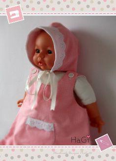 Cute and Pretty Baby Girl Bonnet. €19,80, via Etsy.
