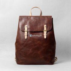 Designer Backpacks Leather Satchel Backpack Material: Leather Closure: Metal Buckle Color: Brown Size: cm Gender: Unisex Related leather backpacks:Le Leather Backpack For Men, Leather Satchel, Men's Leather, Brown Leather, Designer Backpacks, Designer Bags, Satchel Backpack, Best Bags, Leather Bags Handmade