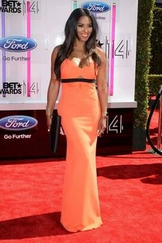 Kenya Moore BET awards red carpet