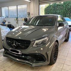 Mercedes Auto, Mercedes Benz Autos, Porsche Auto, Mercedes Truck, Mercedes Benz Models, Nissan Gt R, Nissan 370z, Top Luxury Cars, Luxury Suv