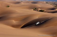 Into the wild - Namibia Cool Piercings, Namib Desert, The Dunes, Picture Tag, African Beauty, World Best Photos, Great Pictures, National Parks, Deserts
