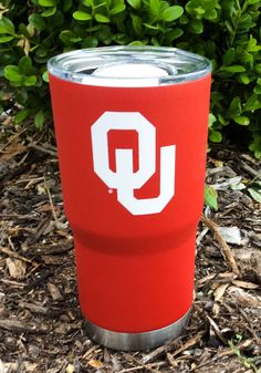 Enjoy a drink and carry your Sooners spirit wherever you go with this Oklahoma Sooners Team Logo Stainless Steel Tumbler. Rally House has a great selection of new and exclusive Oklahoma Sooners t-shirts, hats, gifts and apparel, in-store and online. Boomer Sooner, Oklahoma Sooners, Sweat Proof, Team Logo, Tumbler, Stainless Steel, Red, Drinkware, Tumblers