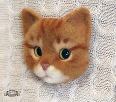 Броши ручной работы. Брошь Рыжий кот (валяная брошь, брошь из шерсти). Катерина Гудожникова. Интернет-магазин Ярмарка Мастеров.
