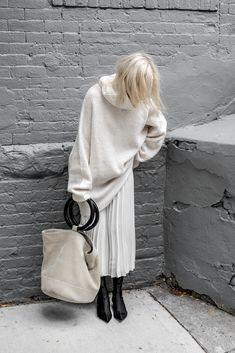 #winterwhites #ootd #Zara #SimonMiller #SimonMillerBag #Balenciaga #figtny