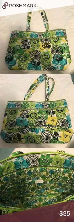 Vera Bradley Limes Up East West Tote Great condition Vera Bradley tote bag.  Pattern: limes up Style: east west tote This bag is in great condition. Was hardly used. Has 3 slip pockets inside. Big enough to fit a tablet (or small laptop), wallet, makeup, books, and anything else you may need. I also have this style available in another color in my closet. Vera Bradley Bags Totes #stellasaksa