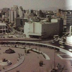 Cine Insurgentes, construido en 1942 mutilado su marquesina al construirse la gloríes del metro Insurgentes a inicios de 1970 México D.F