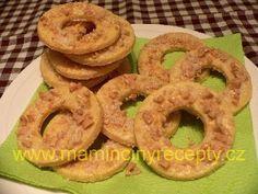 Arašídová kolečka pro pamětníky Onion Rings, Cookies, Ethnic Recipes, Crack Crackers, Biscuits, Cookie Recipes, Onion Strings, Cookie, Biscuit