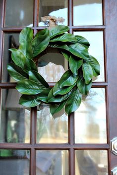Get creative - Ingredients for making a beautiful realistic looking affordable magnolia wreath