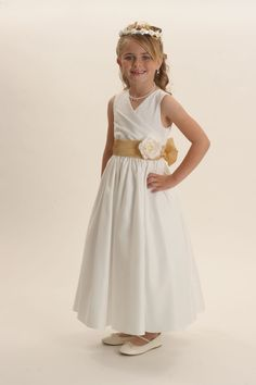 Cheap robe silk, Buy Quality robe fleece directly from China robe wizard Suppliers: Summer Little Girl Pageant Dresses Ankle Length Chiffon A-Line V-Neck Ankle Length Solid Sashes Robe De Communion Fille Blanche Yellow Flower Girl Dresses, Little Girl Pageant Dresses, Flower Girls, Satin Dresses, Bridal Dresses, Prom Dresses, Formal Dresses, Dresser, Chiffon