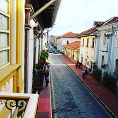 Isabel una gran #travelblogger y fotógrafa del blog #burbujasrecargadas y de la revista @rumbosperu nos cuenta sus aventuras en Cuenca #Ecuador  Link>> http://ift.tt/2cSvgNR  #visitcuencaecuador #placeokstudio #travelblog #placeok #viajaseguro #viajaprotegido #allyouneedisecuador #dametraveler #welltravelled #bestdestinations #passionpassport