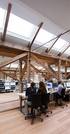 Hangar à bateau canon pour 3XN | Office et culture