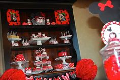 Mickey and Minnie Mouse themed birthday party with Such Cute Ideas via Kara's Party Ideas | Cake, decor, desserts, printables, favors, games, and MORE! #mickeymouse #minniemouse #mickeymouseparty #mickeyandminniemouse #partyideas #partyplanning #partydesign #partyideas (9)
