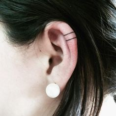 Pin for Later: 27 Ear Tattoo Ideas That Are Whispering For Your Attention Simple Lines