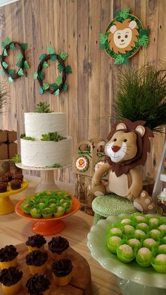 Safari Party Decorations, Safari Theme Party, Safari Birthday Party, 1st Boy Birthday, Baby Shower Decorations, 1 Year Birthday Party Ideas, 1st Birthday Parties, Lion Party, Baby Shower Themes