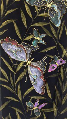 Wallpaper iPhone - Good idea for silk painting design Butterfly Gifts, Butterfly Design, Butterfly Scarf, Japanese Gifts, Japanese Geisha, Japanese Kimono, Frida Art, Kimono Design, Batik Art