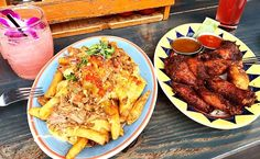 Weekend food  . . . #bar #food #weekend #chickenwings #fries #cocktails #pairing #beachside #beachbar #hawaiian #cuban #style #drinks #eatout #again #workout #tomorrow