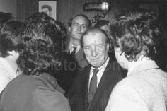 The late Charlie Haughey in Athy Outdoor Photos, Couple Photos, Couples, Books, Image, Wall, Couple Shots, Libros, Book