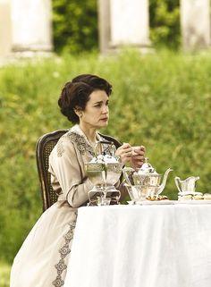 Elizabeth McGovern as Cora Crawley, Countess of Grantham in Downton Abbey (TV Series, Elizabeth Mcgovern, The White Princess, Princess Mary, Downton Abbey Saison 1, Michelle Fairley, Lady Sybil, Elizabeth Of York, Lady Mary, Edwardian Era