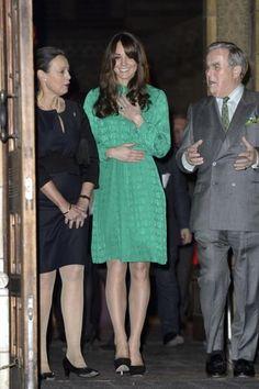 PHOTOS: Kate Middleton Baby Bump Photo Gallery!!!!!