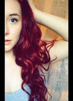 purple + Red hair? hmmmmmmm