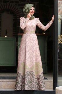 Muslim Fashion, Hijab Fashion, Fashion Dresses, Official Dresses, Dresses To Wear To A Wedding, Islamic Clothing, Muslim Women, Stylish Outfits, Nice Dresses