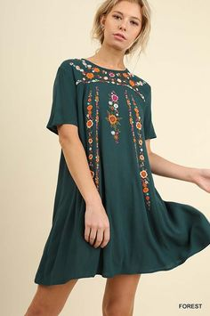 Julianne Embroidered Dress : Forest – GOZON Boutique