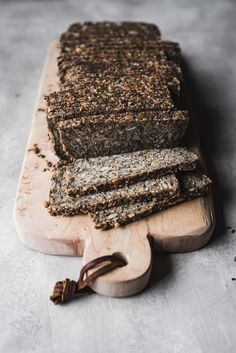 this everything seeded life-changing loaf of bread is not only vegan, gluten-free, nut free and keto friendly, it is absolutely delicious! Nut Free, Grain Free, Dairy Free, Bread Recipes, Cooking Recipes, Raw Cracker Recipes, Healthy Recipes, Healthy Breads, Scd Recipes