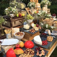 Party Trays, Party Platters, Party Buffet, Food Platters, Appetizers Table, Wedding Appetizers, Wedding Appetizer Table, Appetizer Table Display, Deco Buffet