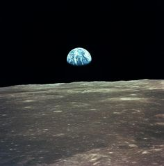 Earth Seen During Apollo 11 Mission - Destination Moon. Space tourists are guaranteed a window view like no other from a lunar distance. Shown here is a photo from Apollo 11 mission in Apollo Moon Missions, Apollo 11 Moon Landing, Apollo 11 Mission, Ronald Reagan, Tom Cruise, Moon Landing Photos, Hubble Ultra Deep Field, Deep Images, Astronomy